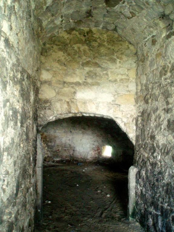 Підземелля західної вежі