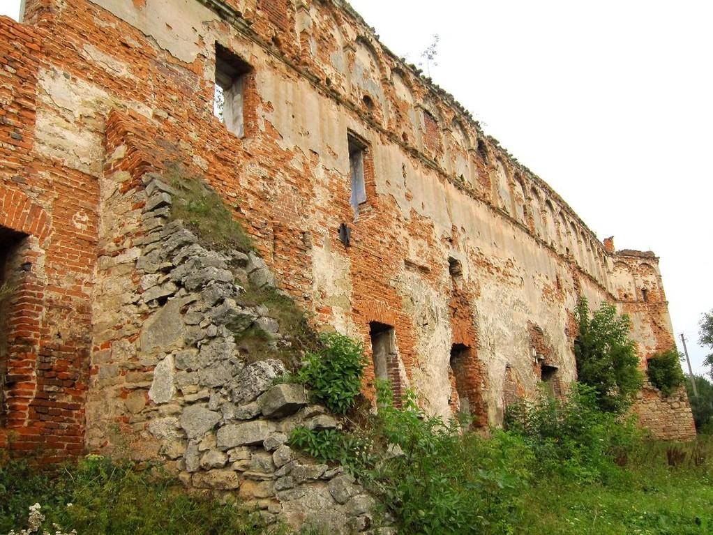 Південна стіна та східна вежа