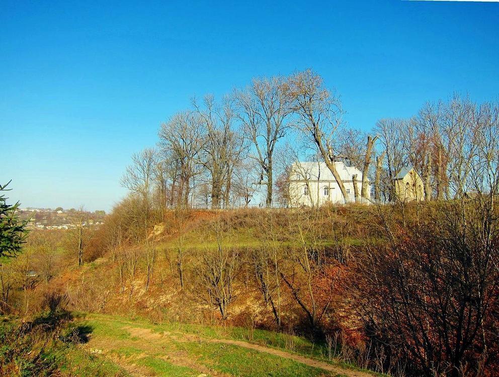 Замковий пагорб.