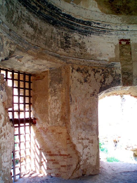 Кругла вежа. перший поверх.