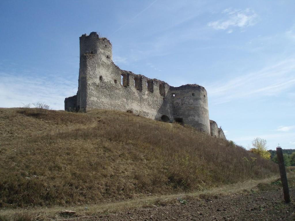 Північна та південна вежі замку
