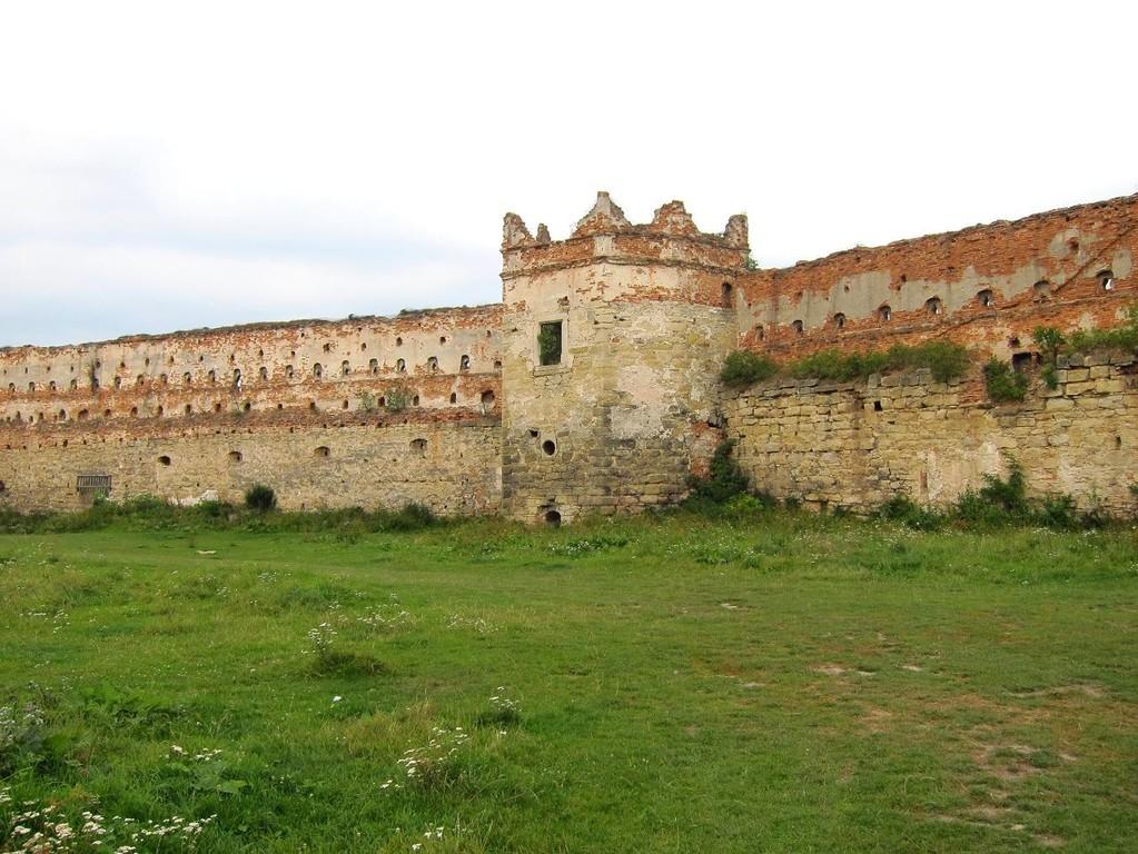 Північна стіна та вежа