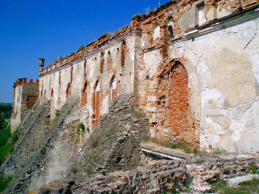 Південна стіна фортеці.