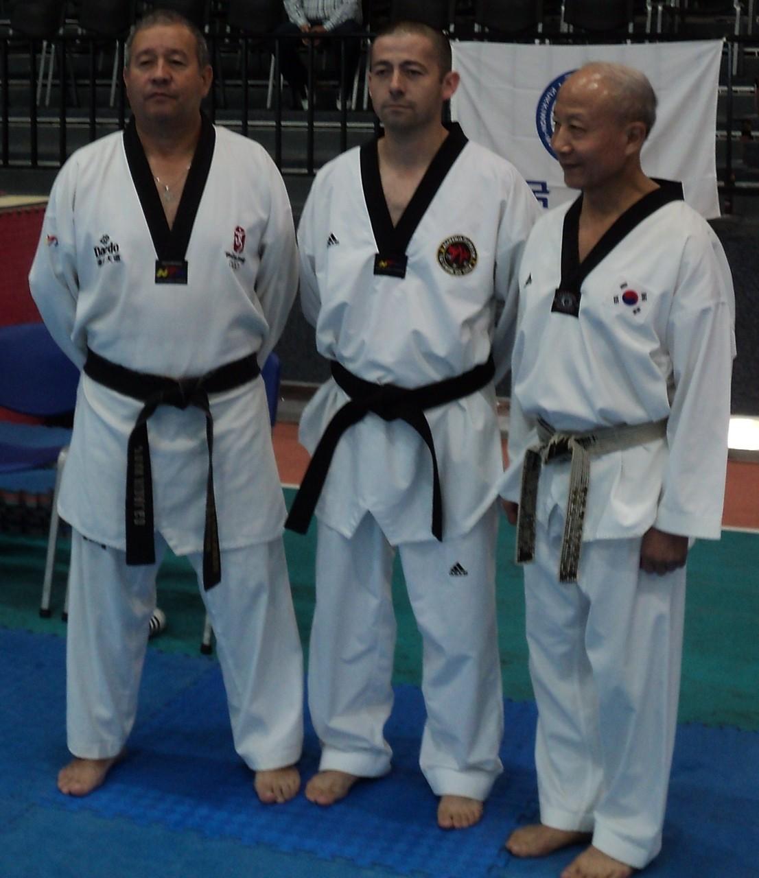 Sabonnim Flores junto a Maestro Kyu Hyung Lee y Maestro Hidalgo
