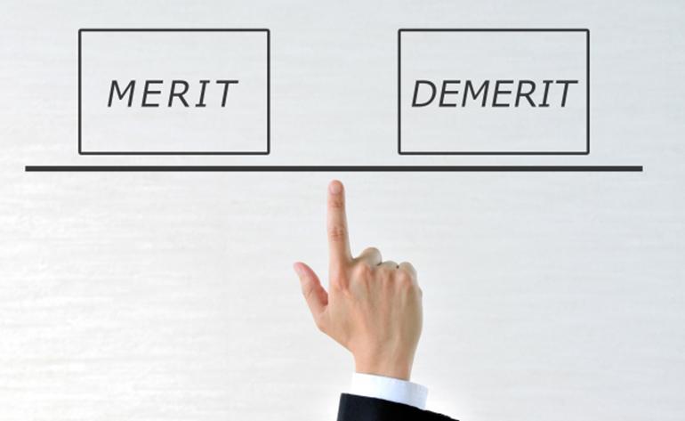 4.公正証書遺言と自筆証書遺言のメリット・デメリット