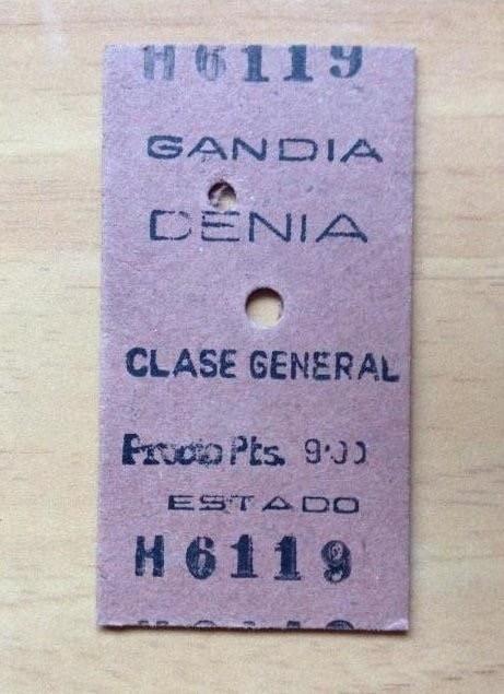 Billete de tren con un valor de 9 pesetas de la vieja línea Carcaixent-Dénia