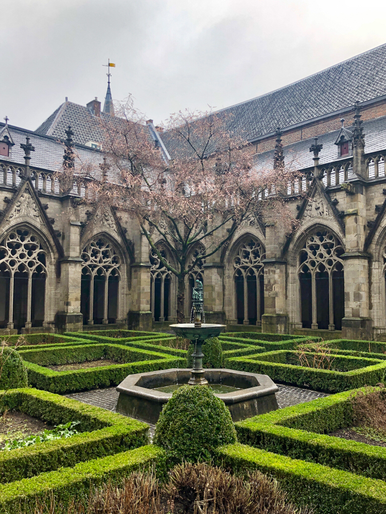 Pandhof Domkerk in Utrecht