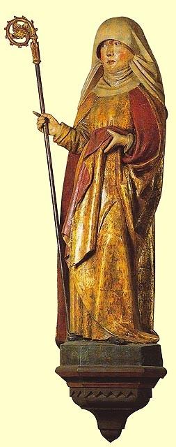 Statue der Hl. Lioba von Tauberbischofsheim