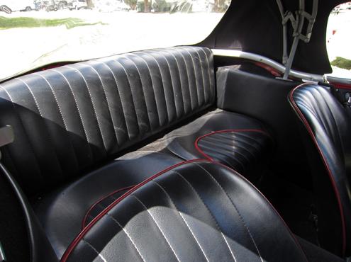 1960 Austin-Healey 3000 (BT7) aizmugures sēdekļi