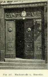 Bild 8: Haustür