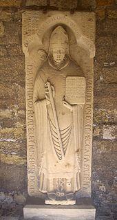 Grabplatte Adelogs im Domkreuzgang