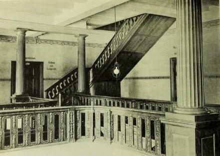 Bild 3: Treppenhaus