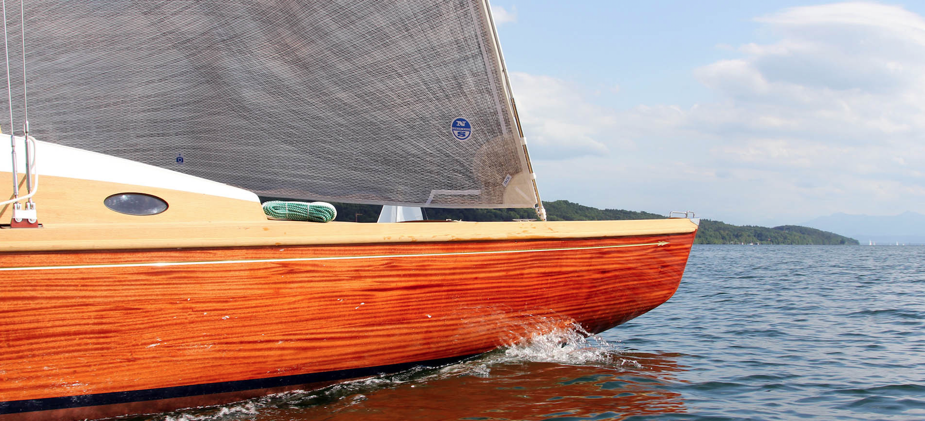 Want to know how sailing boats are built? The Glas Family in Possenhofen builds the lakes fastest boats since 1924.