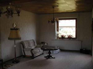 tipica casa vecchia...e chi la vorrebbe comprare?