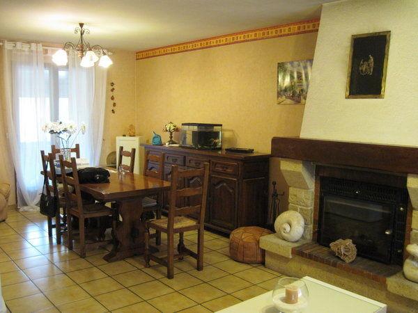 Prima...mobili cupi e antiquati decorazioni confusionarie