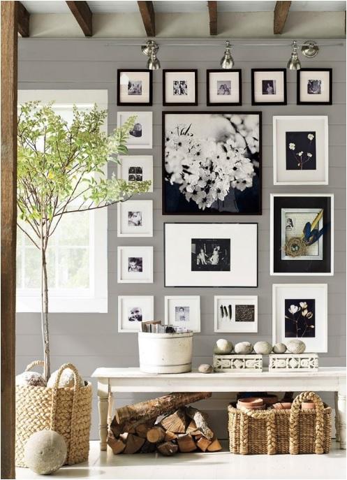 Cornici simili in bianco e nero e immagini nelle stesse tonalità