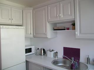 Dopo...un pò di pittura e di olio di gomito...una cucina che può piacere a chiunque
