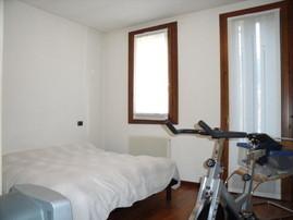 Prima: camera da letto o garage?