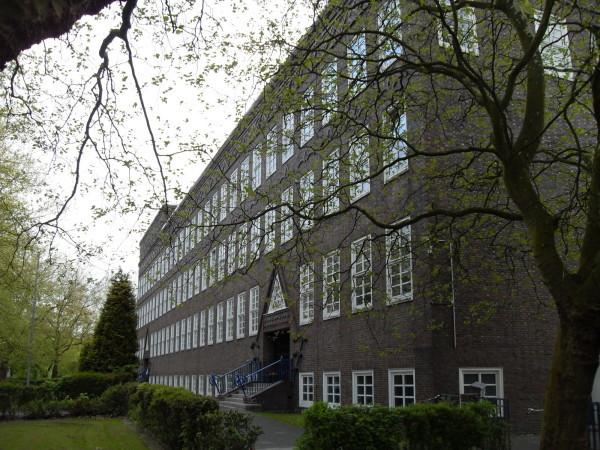 Schule rechts