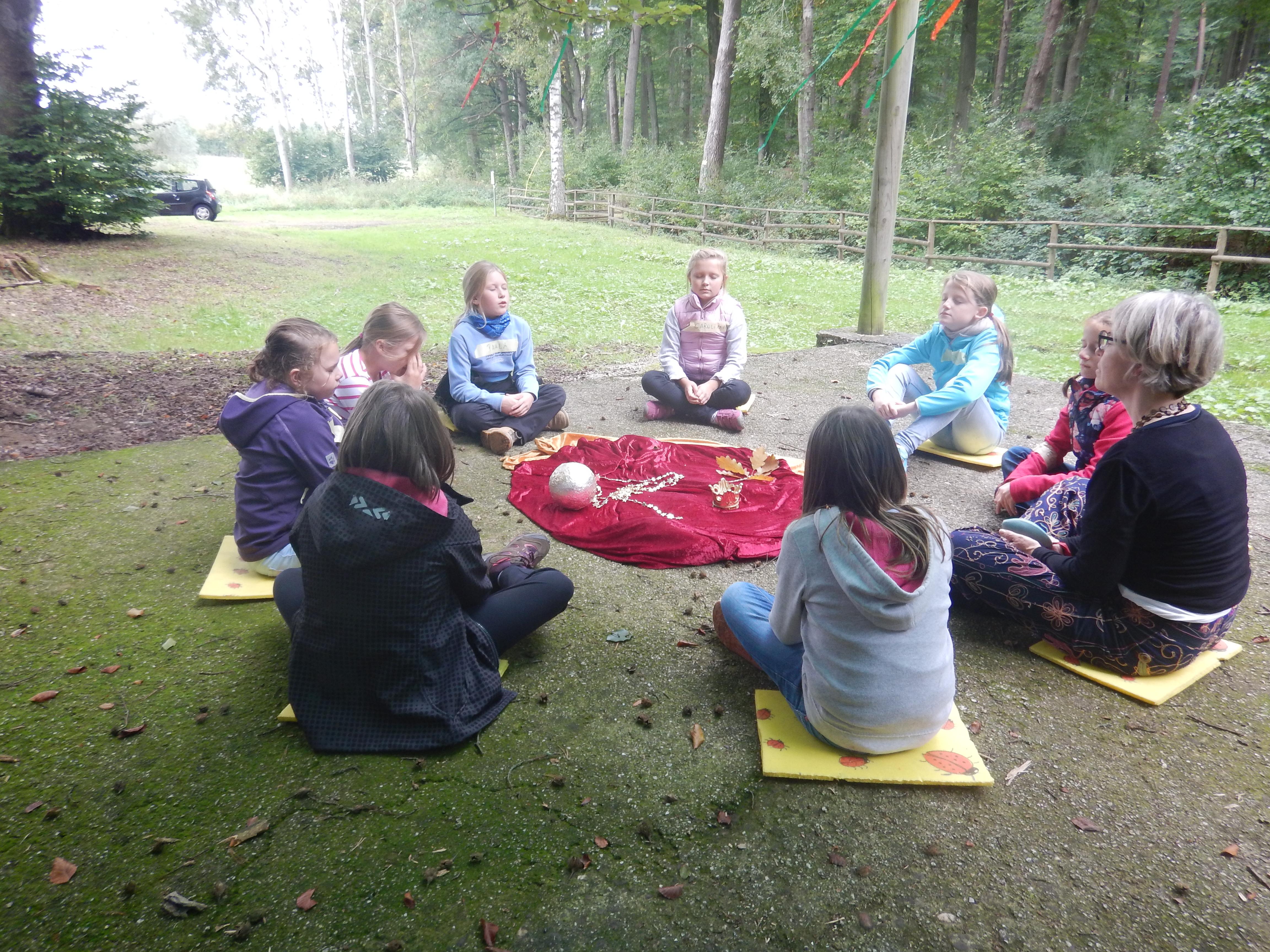 Märchenhafte Kindergeburtstage in der Natur - Die Märchenwerkstatt - Gitta Pelzer - Märchenerzählerin
