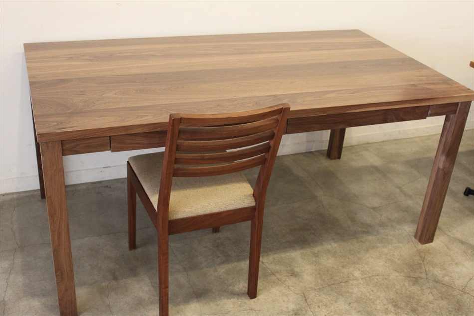 10/12  dining table UP