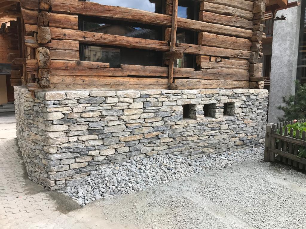 Mur en pierres sèches 40 m2, Evolène
