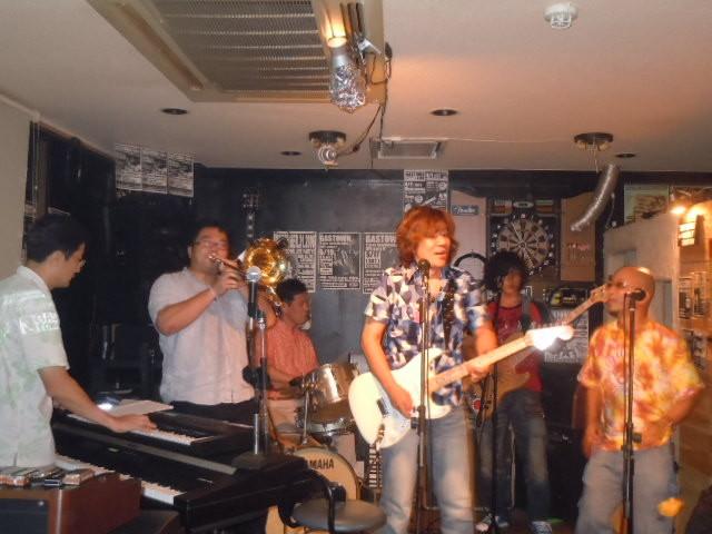 B.D.BADGE 2011.8.6