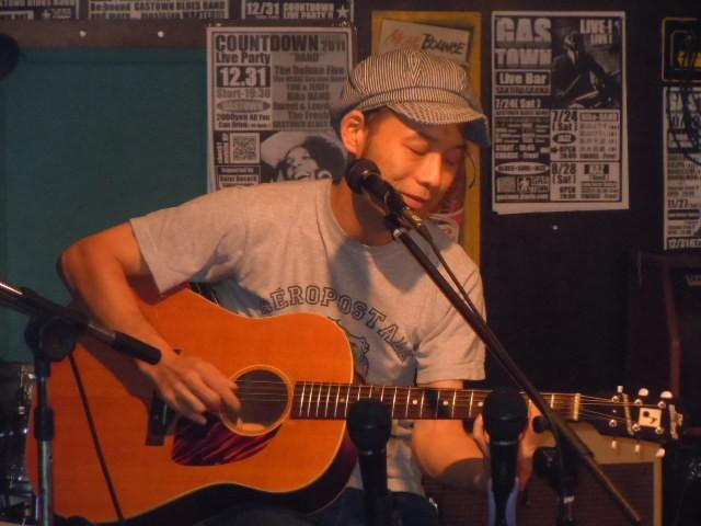 田中スイショウ(Vo&G) 2011.7.28
