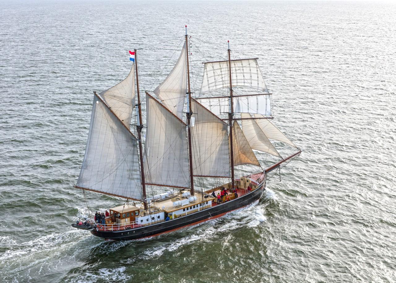 Sailingship Hendrika Bartelds