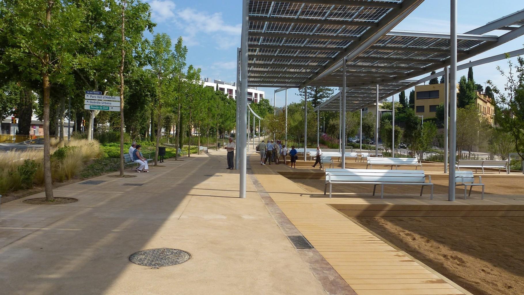 """""""Pèrgoles solars fotovoltaiques a mida"""""""