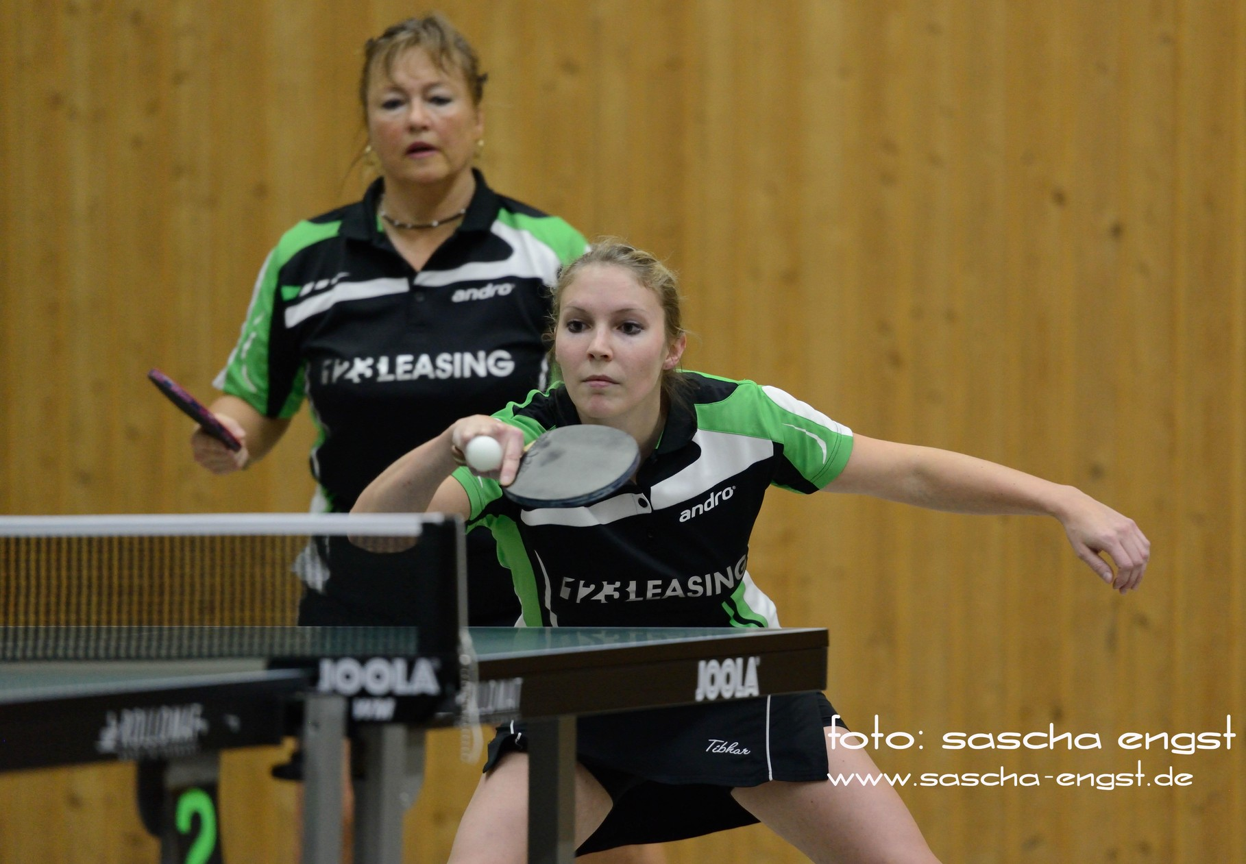 Gabi Völker mit Margit Freiberg-Nolten TTC GW Fritzdorf Regionalliga