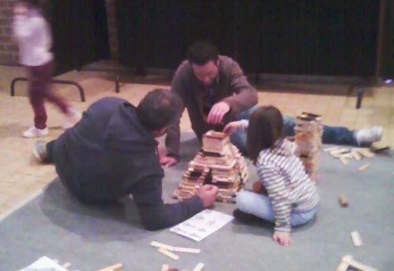 Espace jeu de construction type kapla/  jeux en bois de Boules et Billes