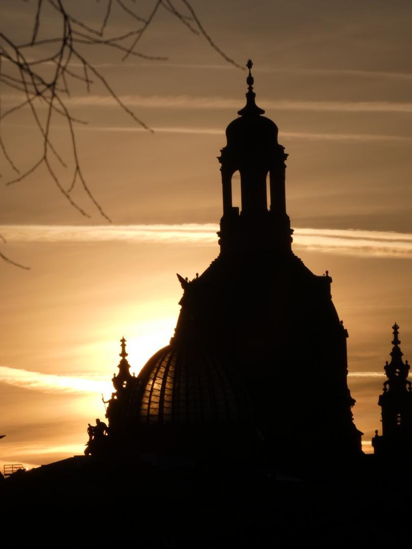 Kuppel am Zwinger bei Sonnenuntergang