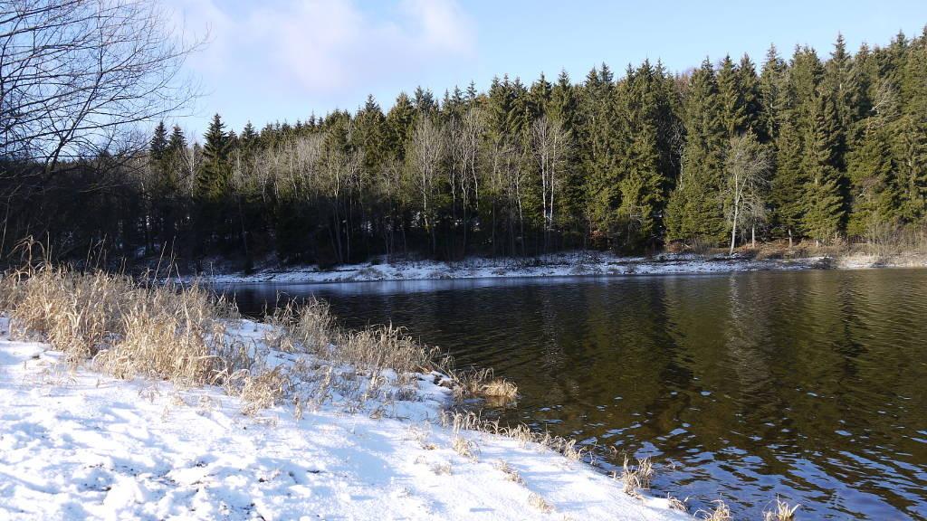 der See bei Frost