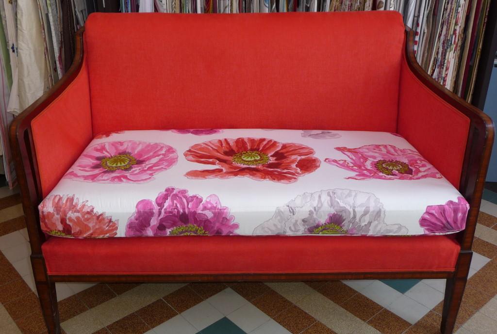 petit canapé art déco, deux tissus Designers Guild