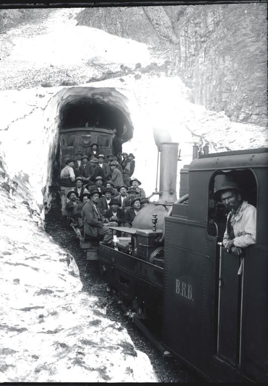 Rothhornbahn nach Lawine