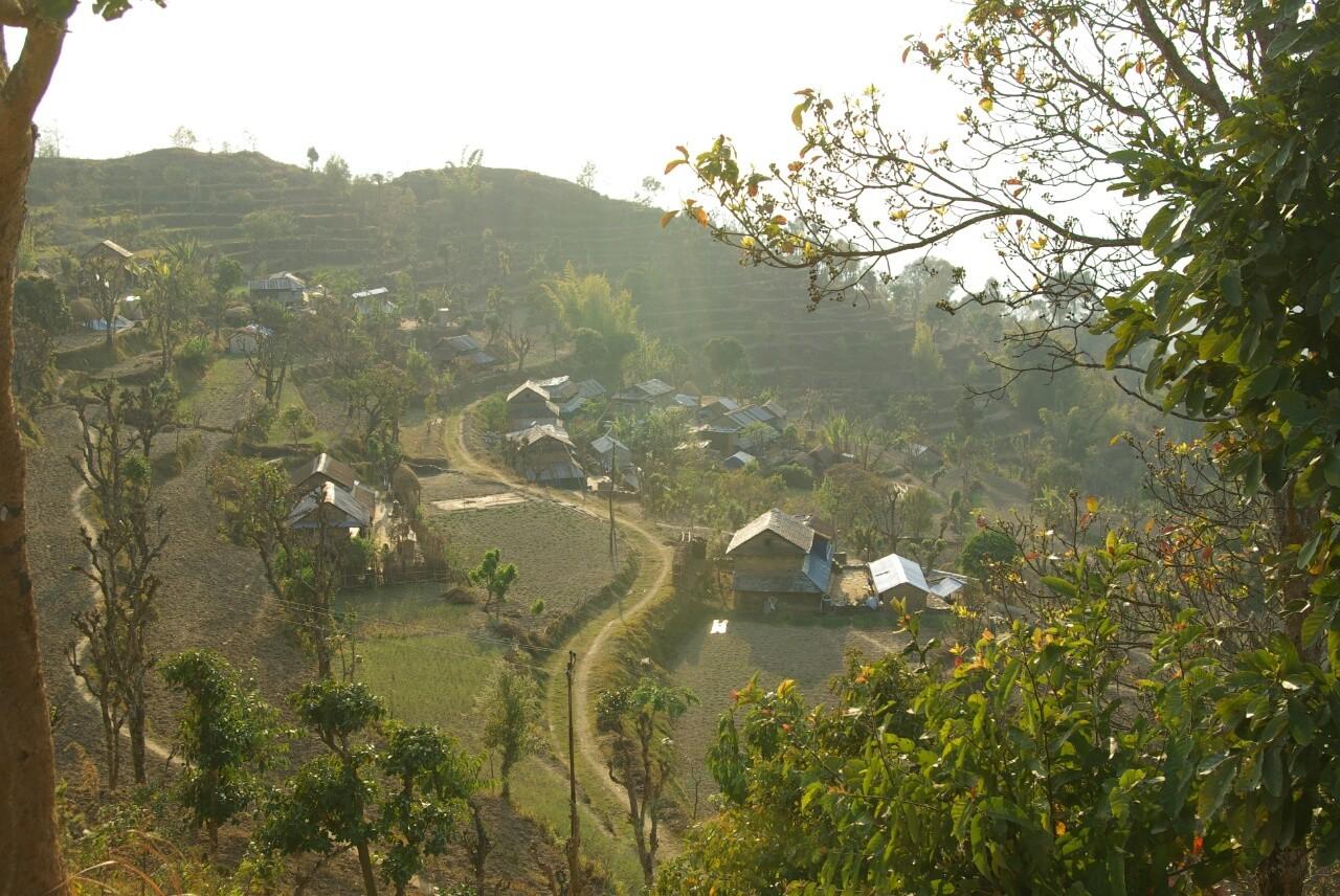 Lamagoan,  Krishnas Haus im Vordergrund