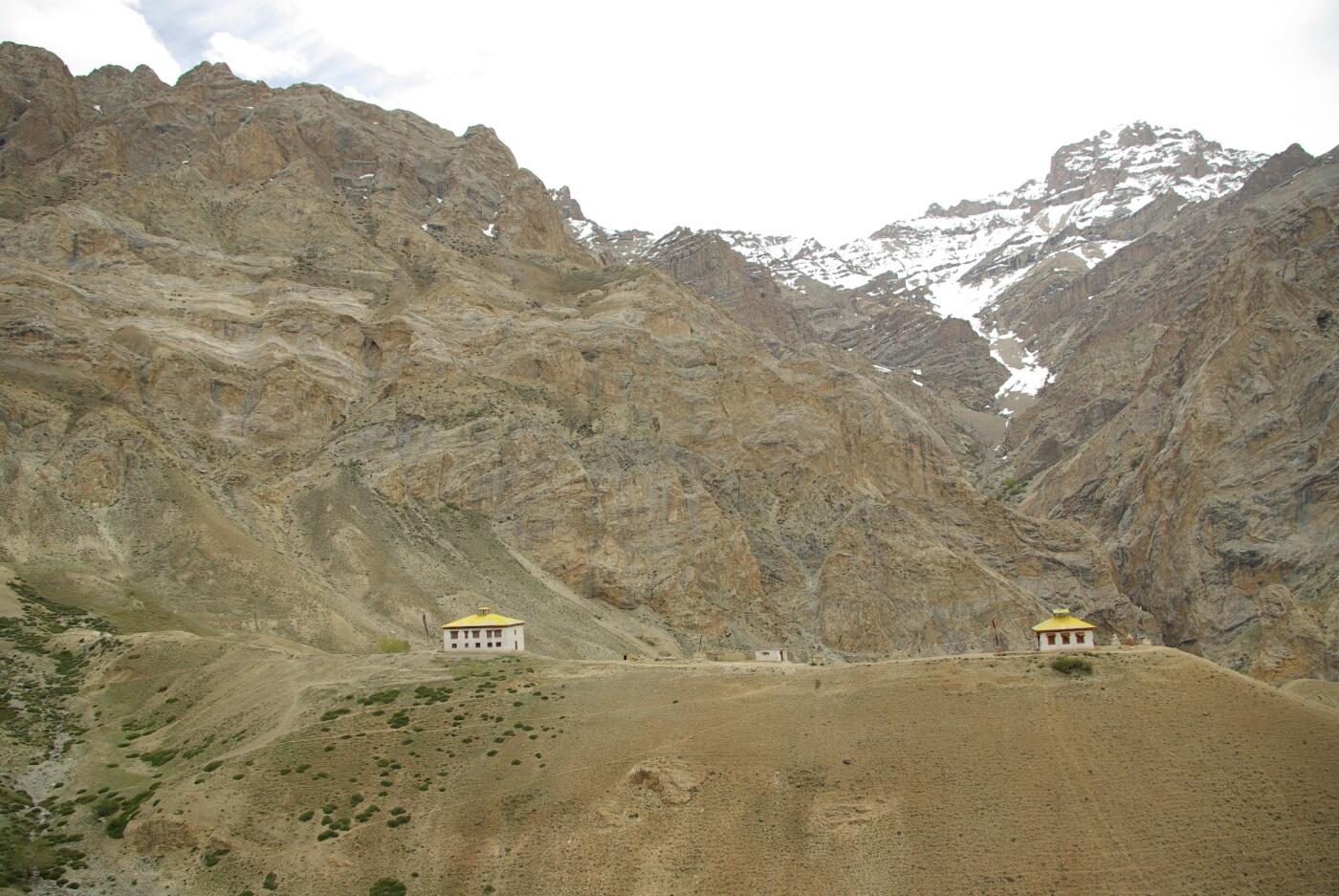 Phokar, Padmasambhava: Blick auf die andere Talseite