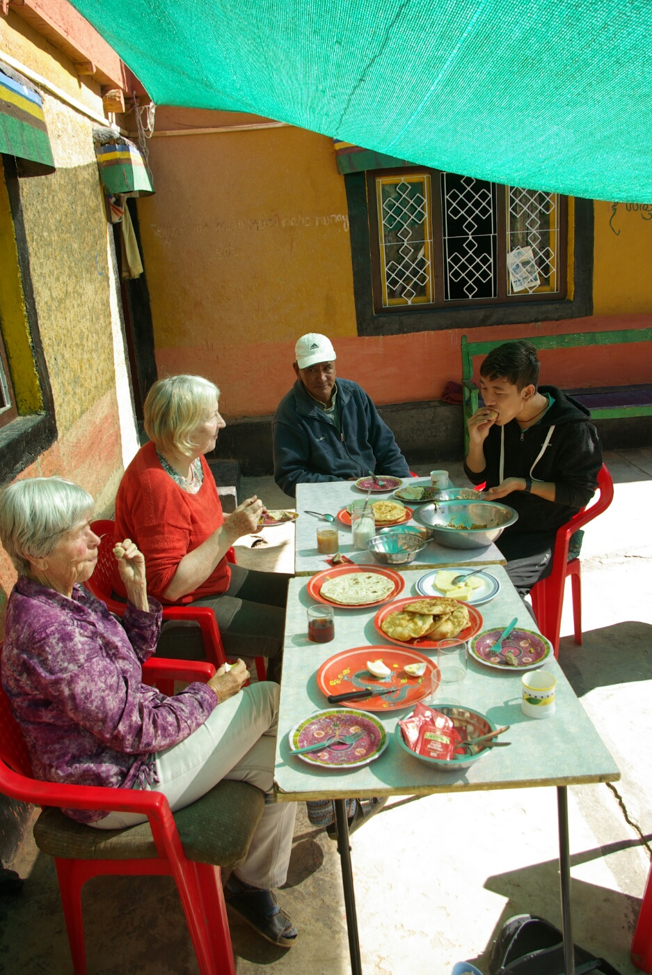 Wakha Kloster: Unser gut gedeckter Frühstückstisch.