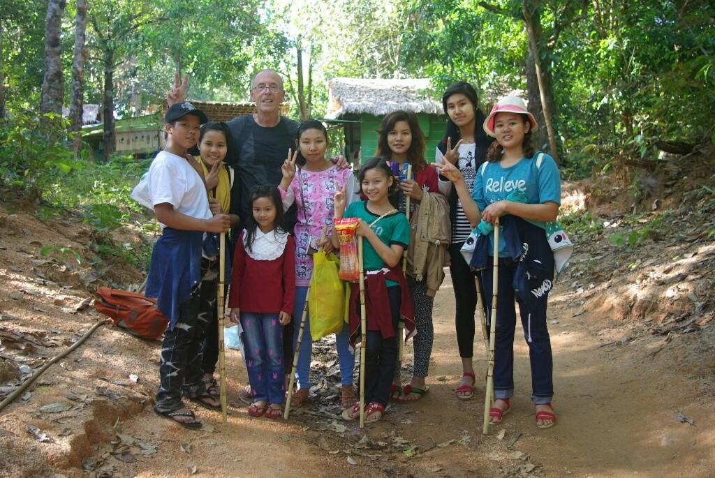 Fotoshooting mit einer Gruppe Jugendlicher, die 2 Stunden nach mir auch den Gipfel erreichen.