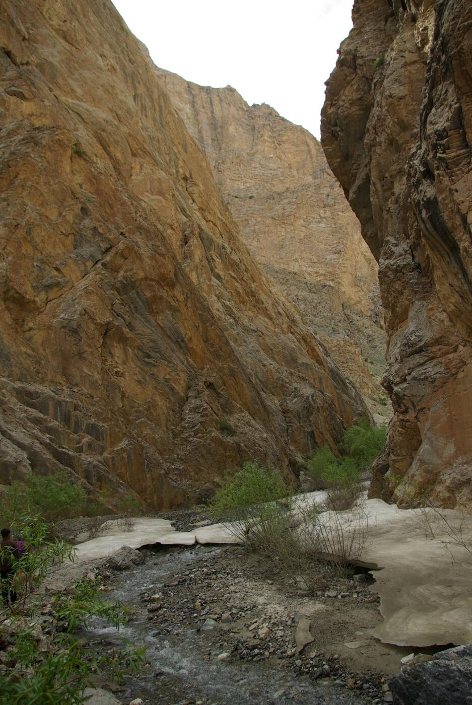 Phokar, Padmasambhava: Hierher kommt kaum ein Sonnenstrahl