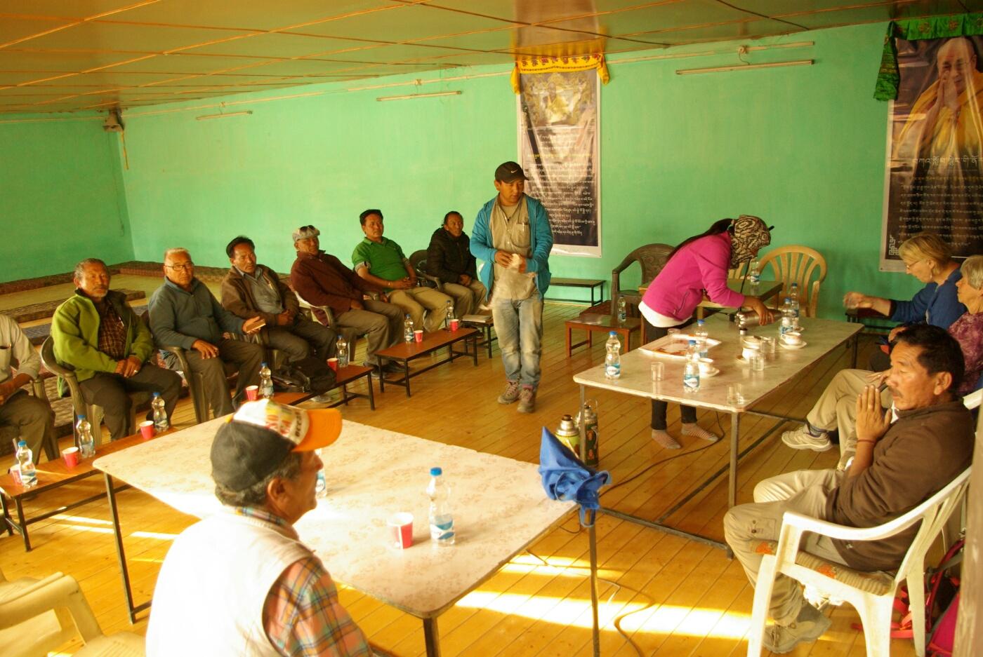 Choglamsar: Versammlung der Groupleader