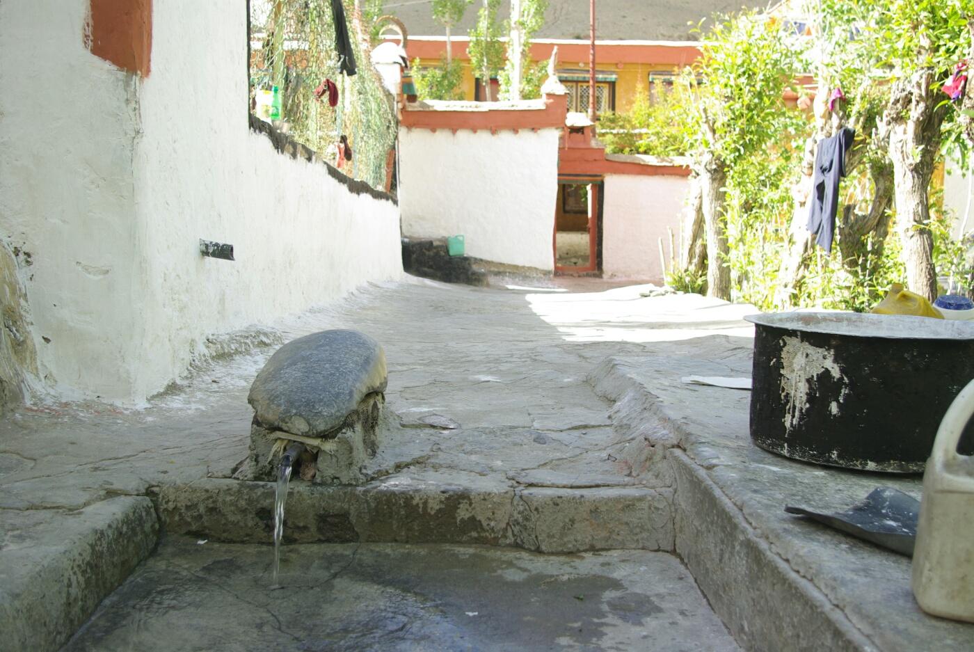 Wakha Kloster: Die eigene Quelle.