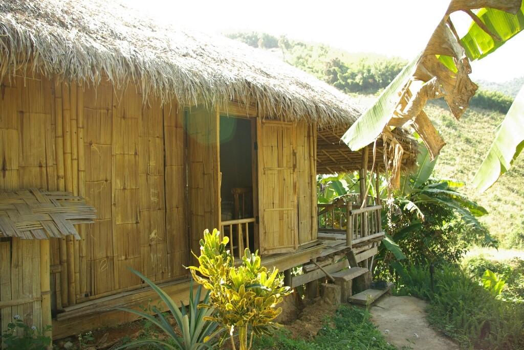 "Bambushütte als Unterkunft im ""Bamboo Nest"""