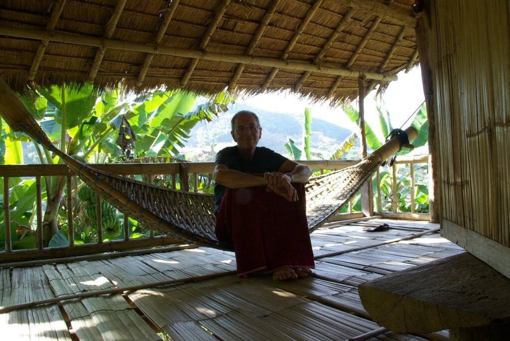 Für zwei Tage stolzer Bambushüttenbesitzer.
