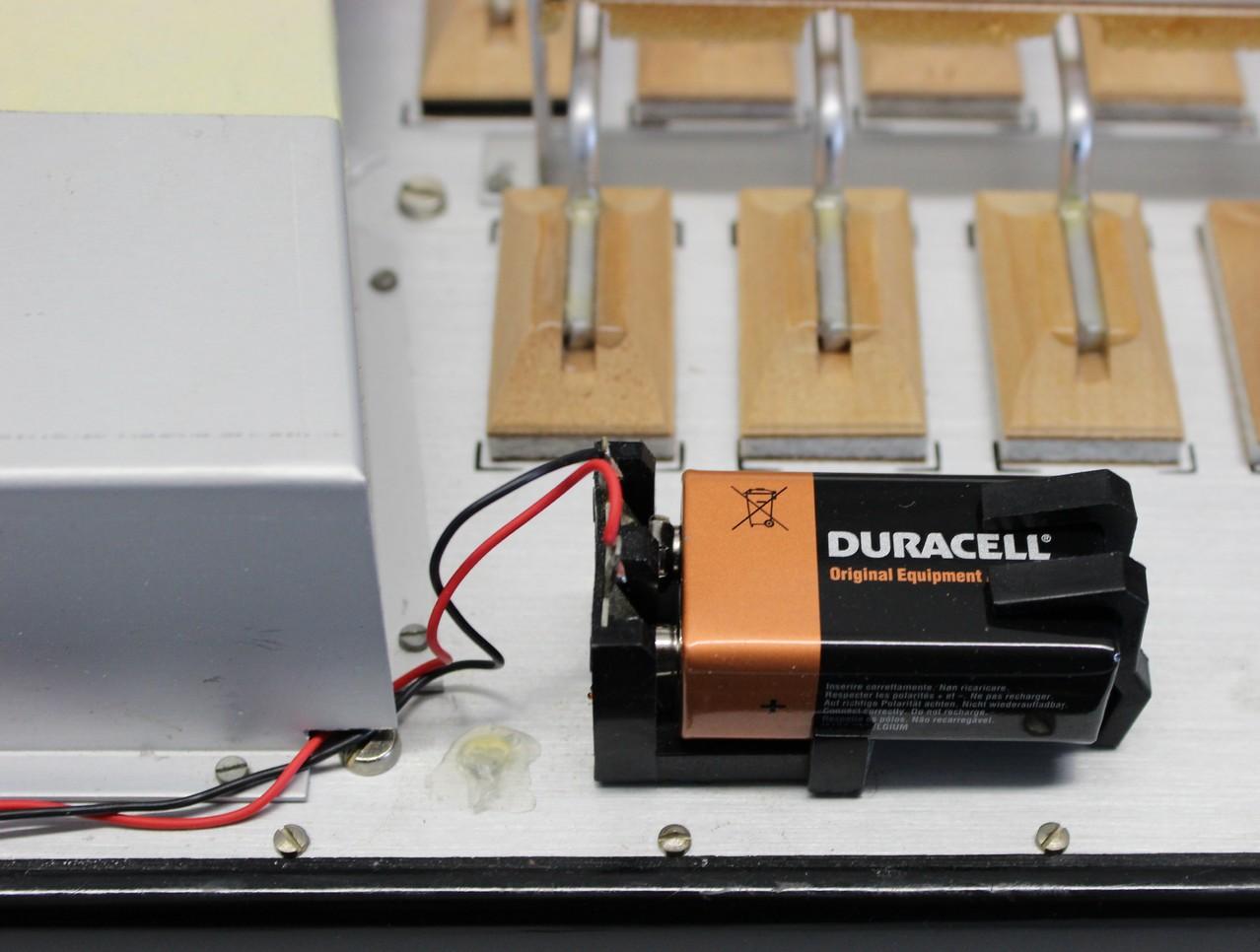 Stabiles, gut zu erreichendes Batteriefach