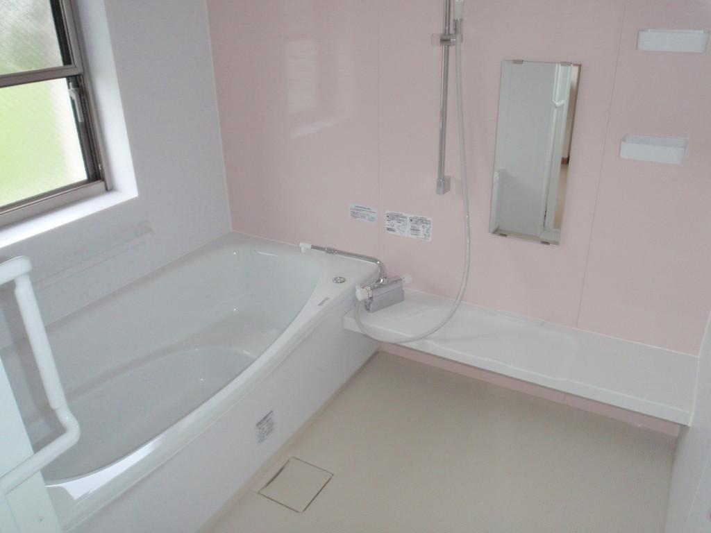 一般浴室「湯ったるーむ」です。