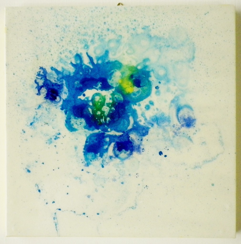 「origin2」 油彩、画用紙、パネル、合成樹脂 200×200mm 2013