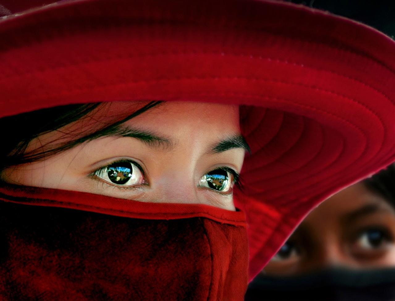 Premfoto 2012 - Tien-Ho Anh (Vietnam) - Pleiku`s Eyes - Ochii lui Pleiku