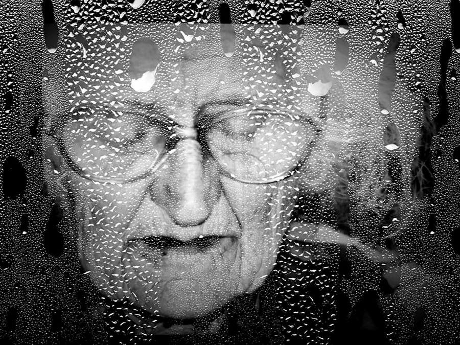 Varga Erzsébet Mandy (RO)-Faces beyond the window.